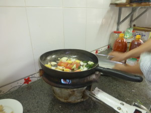Cooking the Ca Xao Ghua Ngot