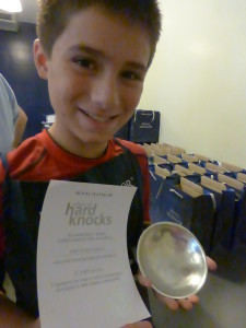 Final bowl and his certificate